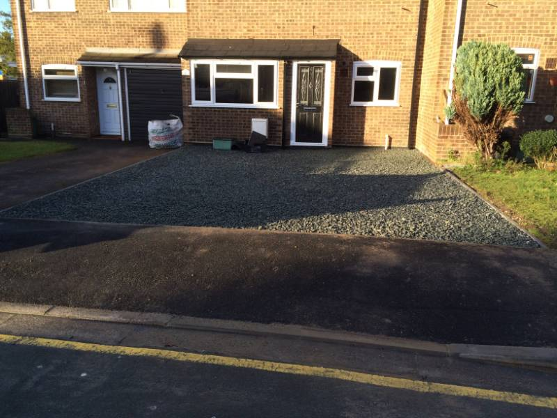 Driveway Installation Using CORE DRIVE Gravel Stabiliser Grid System