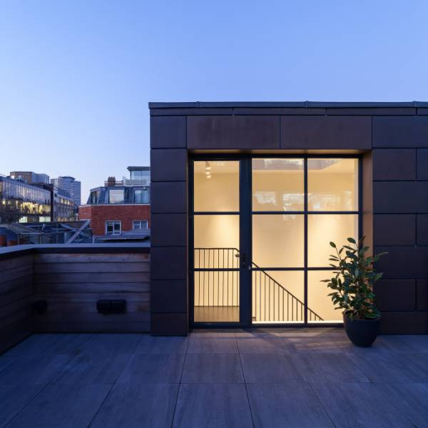 Historical industrial space sympathetically transformed into a family dwelling
