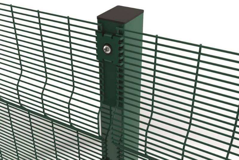 Securifor 3D + Bolt Spider Fixators - Metal mesh fence panel