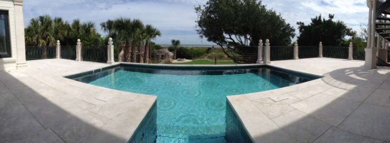 Private Home, Kiawah Island, USA: Beachfront Home Sets Trend: Movable floor transforms pool into dry deck, creating two spaces in one