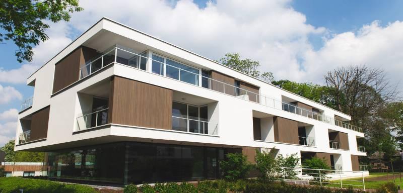 Senior Service Apartments. TRESPA PURA NFC® BRINGS SUBTLE TOUCH TO BALCONIES OF SENIOR HOUSING COMPLEX