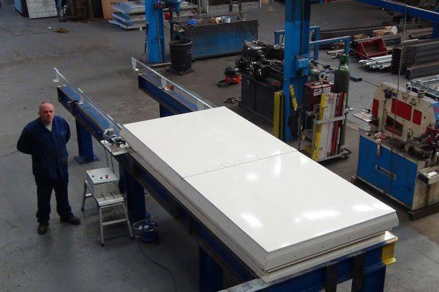 Sliding Roof Hatch Fixed Rails