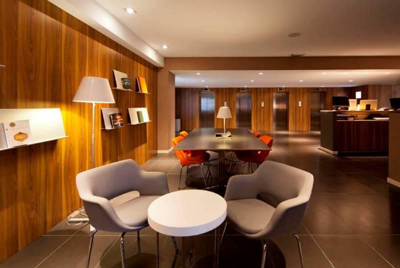 Expo Hotel - Hospitality
