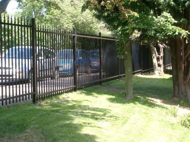 Barbican® with Finials A1 (SR1) Fencing