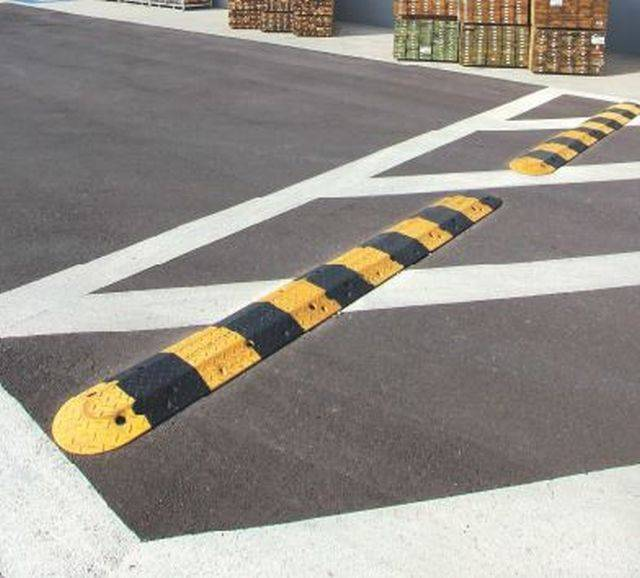 Economy Rubber Speed Hump