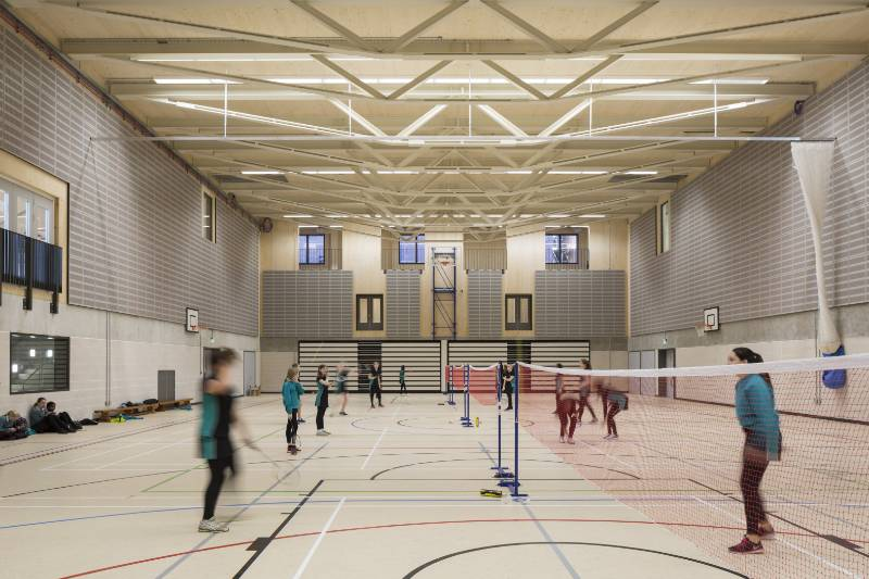 School achieves aesthetic fire performance with MEDITE PREMIER FR