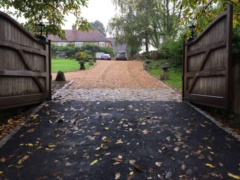 Stokenchurch - Gravel Driveway Installation