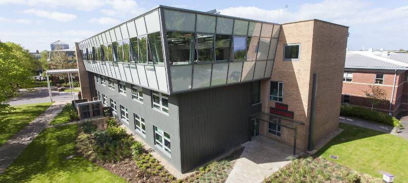 Natural ventilation at the Geo Science Labs, Edge Hill University -