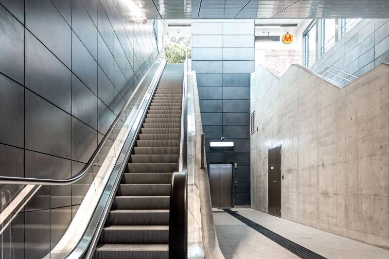 Concrete Cladding, Metro Station in Warsaw