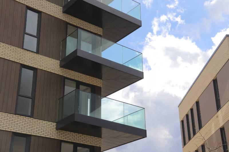 Corner Balconies & Inset Balconies at Green Park, Reading
