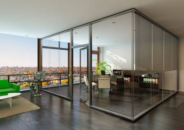 Life 622 Glass Partition
