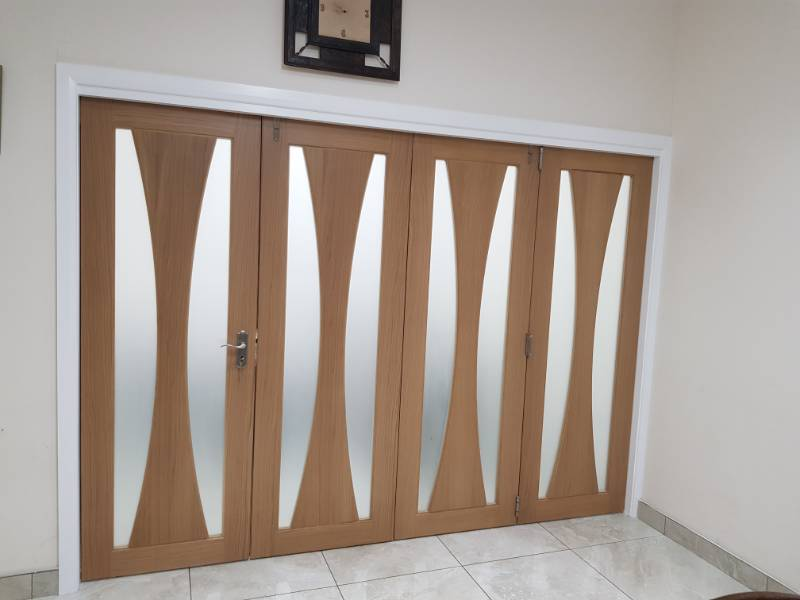 Prehung Doors Specify P C Henderson's Roomflex System for a Residential Project
