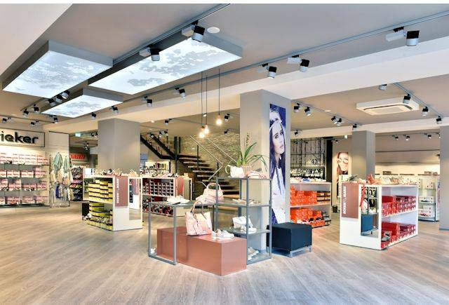 Expona Commercial LVT installed at Schuhmann footwear store