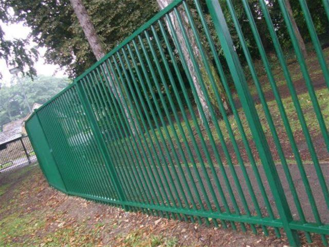 Sentry® SR1 Fencing