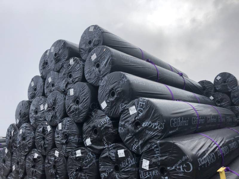 HPS geotextile protection in Landfill