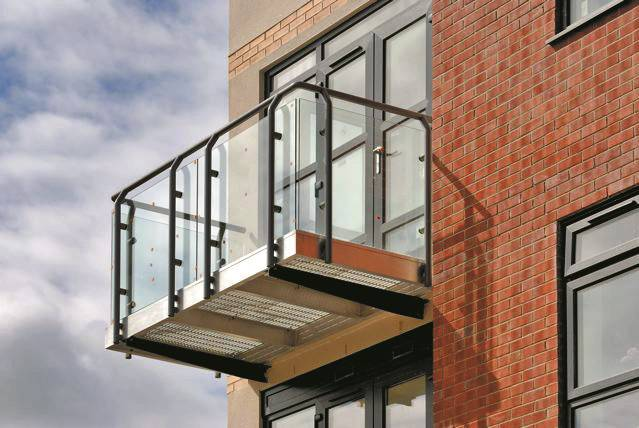 Spectrum Modular Balcony System - Rectangular