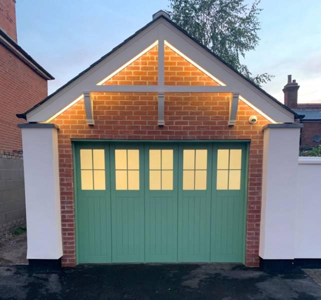Bespoke Rundum Meir door chosen for period property renovation