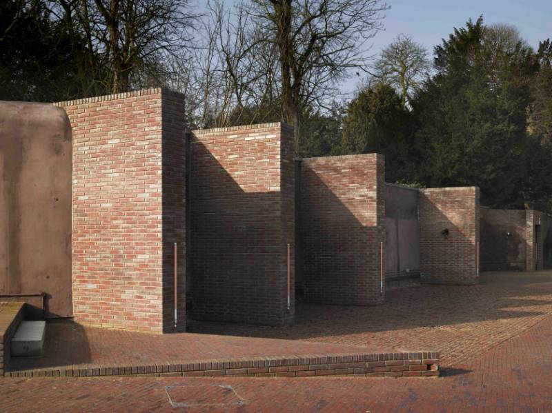 The Yard, Roehampton