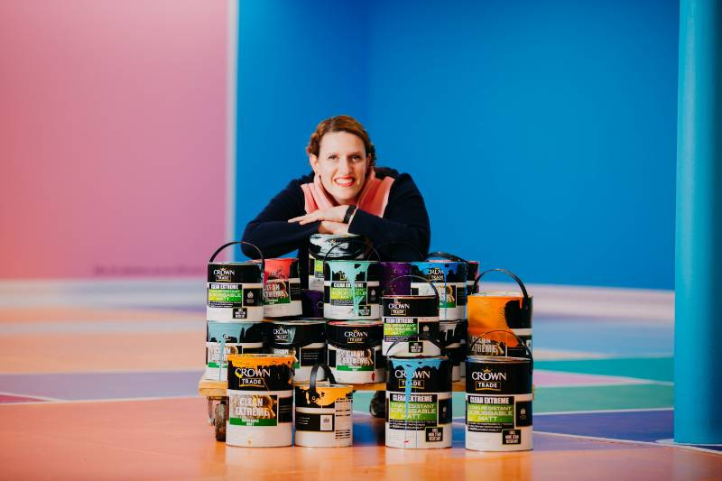 Crown Paints helps put Hull UK City of Culture volunteers on the map