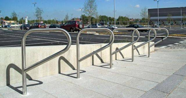 Ollerton Pennant Cycle Stand - Galvanized Steel