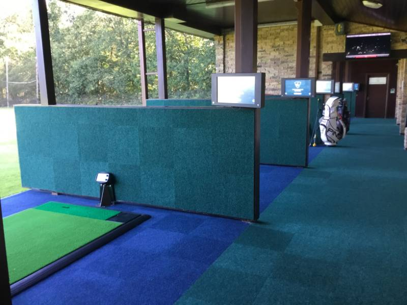 ASCOT GOLF CLUB - Spikemaster Carpet Tiles
