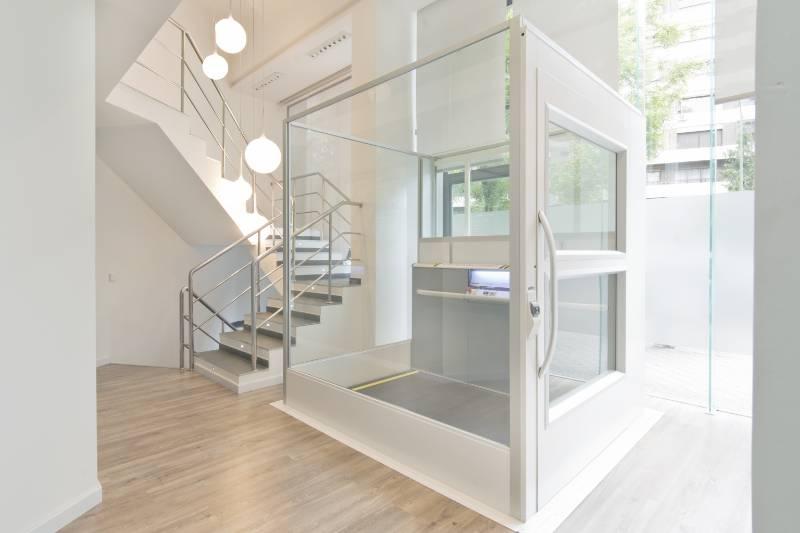 A8000 Platform Lift Installed in a Beauty Salon