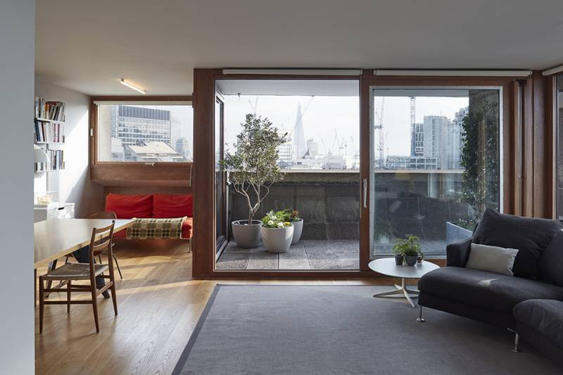 Barbican Apartment - A new language for a Barbican Type 3C tower flat interior