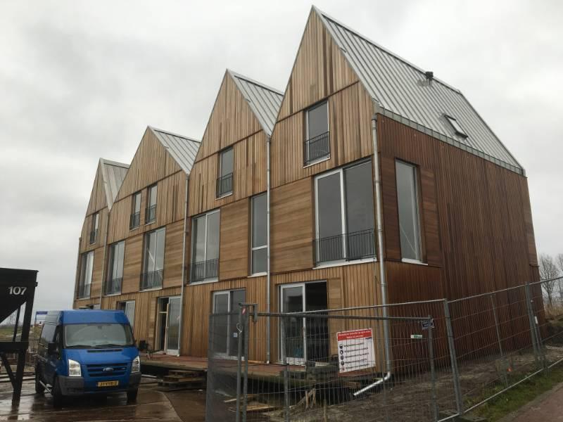 Floating Residential Development - Hemsec SIPs