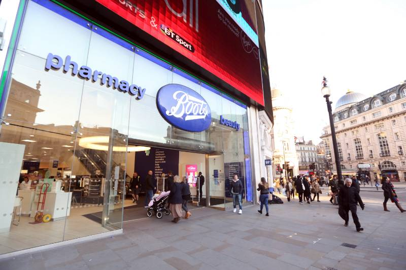 BOOTS PICCADILLY